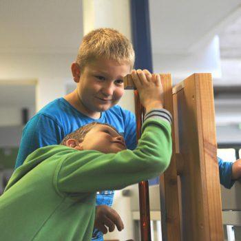 Technik, Zukunft in Bayern – Schüler probieren aus